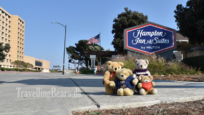 Travelling Bears arriving San Francisco